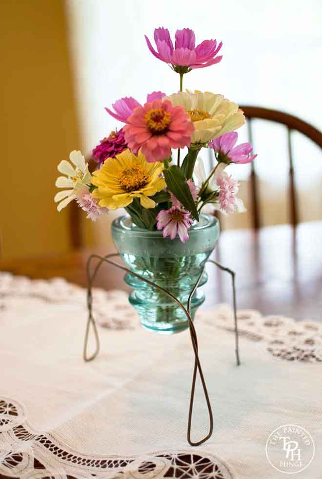 Glass electrical insulator vase stand tutorial for Glass electric insulator crafts