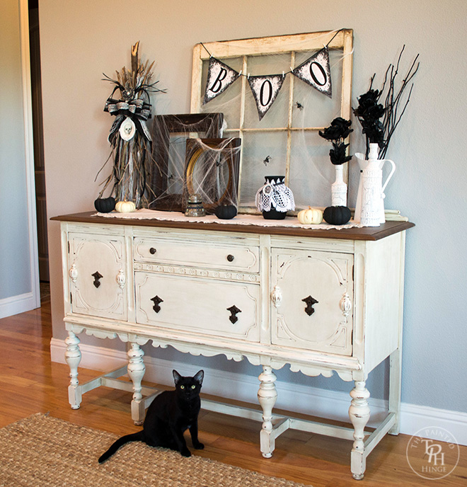 Halloween Farmhouse Entryway 2015